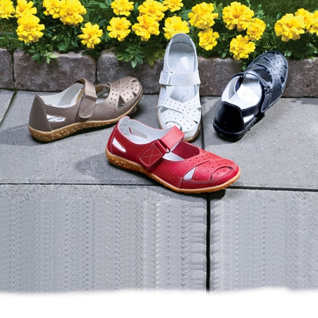 Spring Step® Streetwise Cross Strap Walking Shoes