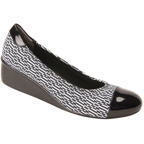 Ros Hommerson® Elizabeth Patterned Wedge