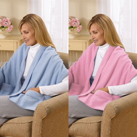Fleece Shawl Kit Light Blue And Light Pink