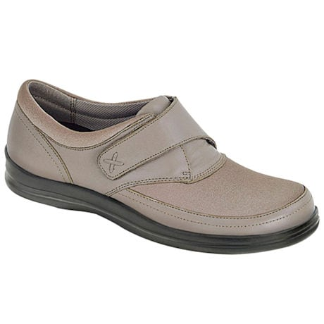 Apex®  Women's Petals Emmy Loafer