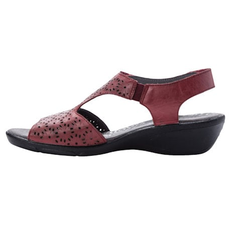 Propet® Winnie Sandal
