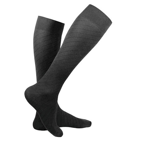 Truform® Travel Unisex Regular Calf Moderate Compression Knee High Socks