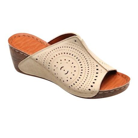 Avanti™ Summer Days Set-In Sandal