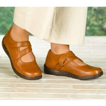 Drew® Orchid Shoes - Plolished Tan Full Grain