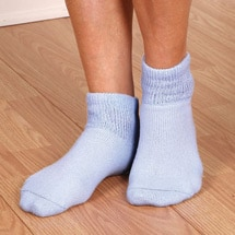 Non Binding Diabetic Friendly Quarter Crew Socks - Women's Colors