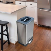Manual Trash Compacting Trash Can