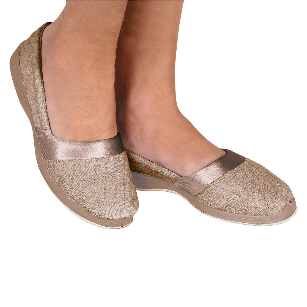 Free shipping and returns on Women's Slip On Sneakers & Athletic Shoes at ajaykumarchejarla.ml